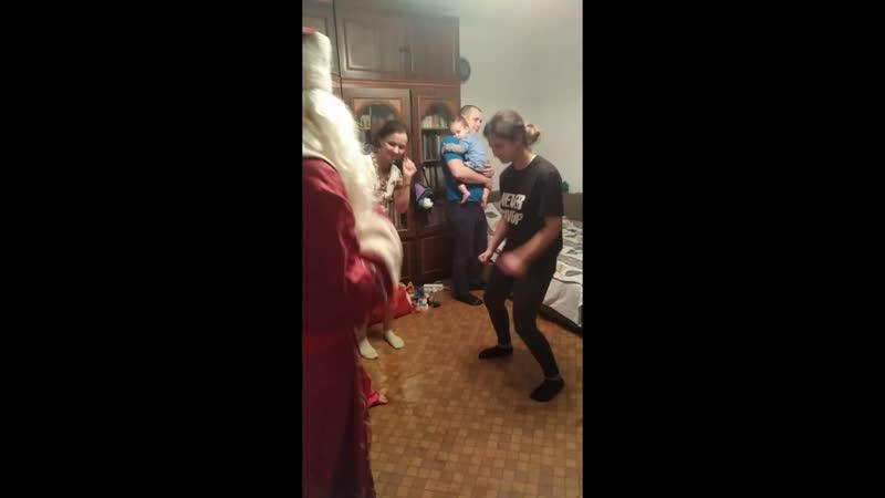 Дед Мороз 2020 танец утят