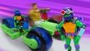 Эволюция Черепашек-ниндзя - Видео игрушки для мальчиков. Черепашки ниндзя распаковывают ниндзяциклы!