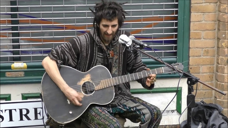 THE BEST STREET PERFORMANCE IN LONDON ROCK AND ROLL EPIC ELECTRIC GUITAR SOLO DIRTY BLUES CAM COLE