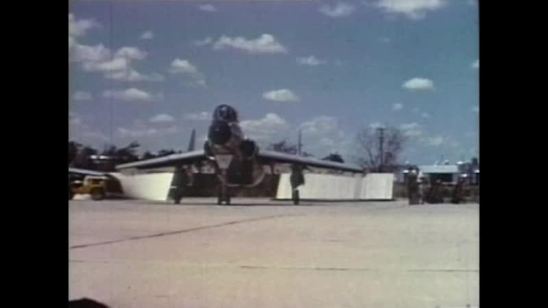 Полёт сквозь время - Палубный многоцелевой штурмовик А-7А Corsair II