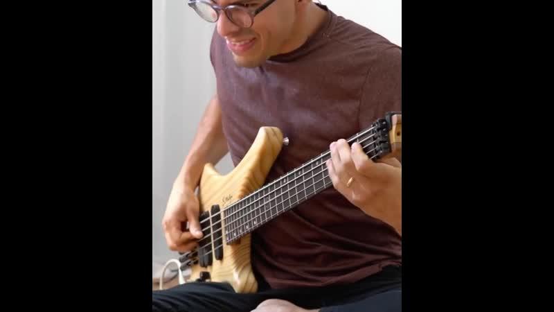 Robson Albuquerque on Samuel Luthier Martins bass