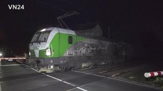 - VN24 - Güterzug (193-204) rollte mit glühenden Rädern durch Unna