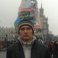 Юрий Момот