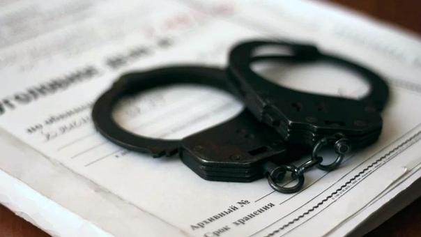 Сотрудники уголовного розыска задержали 44-летнего ранее судимого вологжанина Его подозревают в совершении насильственных действий сексуального характера в отношении несовершеннолетней. В