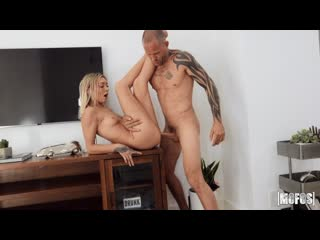 Chloe Temple - Sink Your Cock in Here [, All Sex, Blowjob, 1080p]