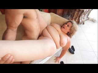 Erin Green - A Helping Hand (BBW, Fat, Plump)