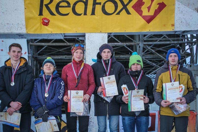 Главные отечественные ледолазные старты сезона финишировали в городе Кирове в минувшие выходные – чемпионат и первенство России по альпинизму. Всем было что доказывать и что терять…, изображение №90
