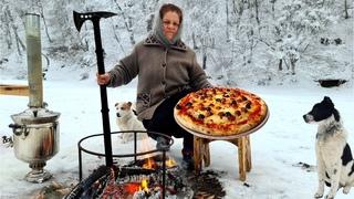 Sacda Pizza Hazırladıq, Cooking Campfire Pizza on The Sadj Grill, The Best Pizza You'll Ever Eat