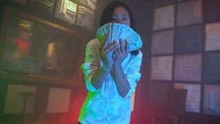 Savannah Phan - Who Run It Freestyle (Official Video)
