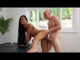 Kira Noir - Stone Cold Massage, Brazzers, секс, порно 2020, анал