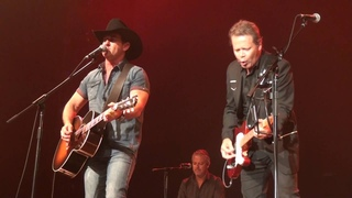 Troy Cassar Daley & Lee Kernaghan - Lights On The Hill