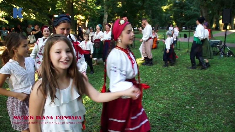 Орелі. Майстер-клас з традиційних танців. Фестиваль Джаковачкі везові (Джаково, Хорватія).
