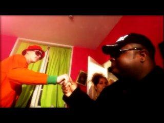 Chucki & lmfao (let the bass kick in miami bitch)