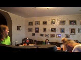 Лера Завора посвещает песню Кате Батюк на катиной днюхе