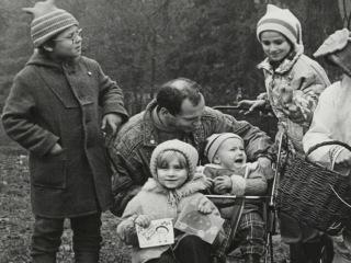 Фильм о почетном семьянине, предпринимателе и отце 10 детей Юрии Федоровиче Миронове