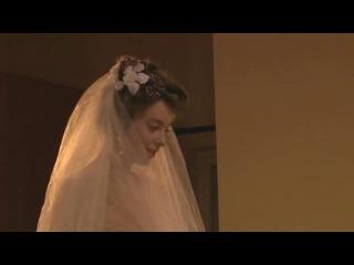 Наталья Костенева в свадебном платье без нижнего белья  Аннушка