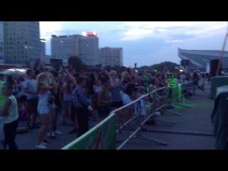infin8y @ немига, зона гостепреимства - blur - song2