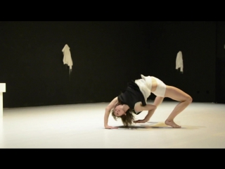 Uraufführung_ theater aachen pandora tanzstück von joost vrouenraets