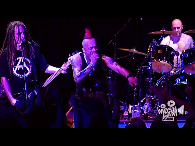 The Exploited Fuck The USA Live in Sydney Moshcam