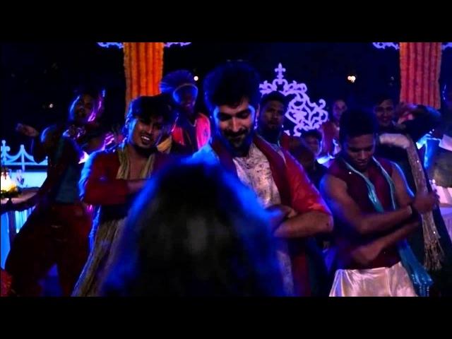Sense8 : S01E02 : arabica dance at the wedding of Kala.