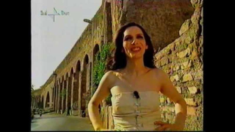 Alessandra di Sanzo l'attrice transgender in una rara intervista e immagini d'archivio