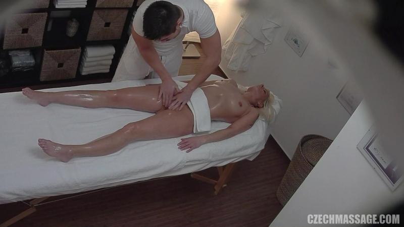 Massage Therapist Hidden Cam