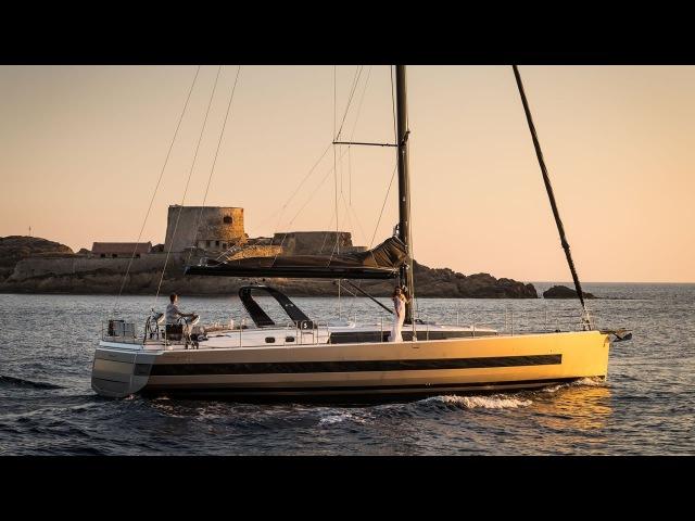 Парусная яхта Beneteau Oceanis Yacht 62