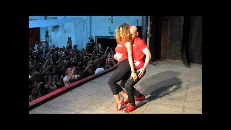 Junín Salsa Congress 2012 ~ Talleres ~ Ataca La Alemana bachata III