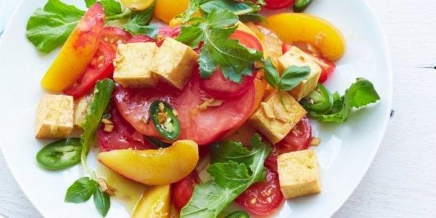 10 очень вкусных салатов со свежими помидорами, изображение №10