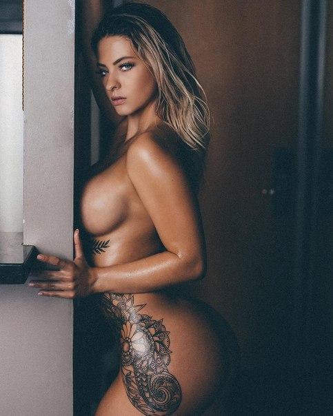Ashley lynn nude