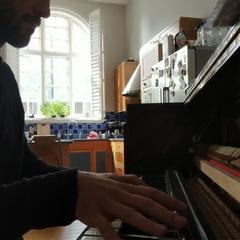 "Matthias Harris on Instagram: ""Tour withdrawal... Just jamming.#PostTraumaticTour #mikeshinoda #linkinpark"""