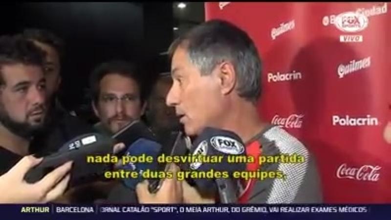 Ariel Holan fala sobre a recepção em Porto Alegre