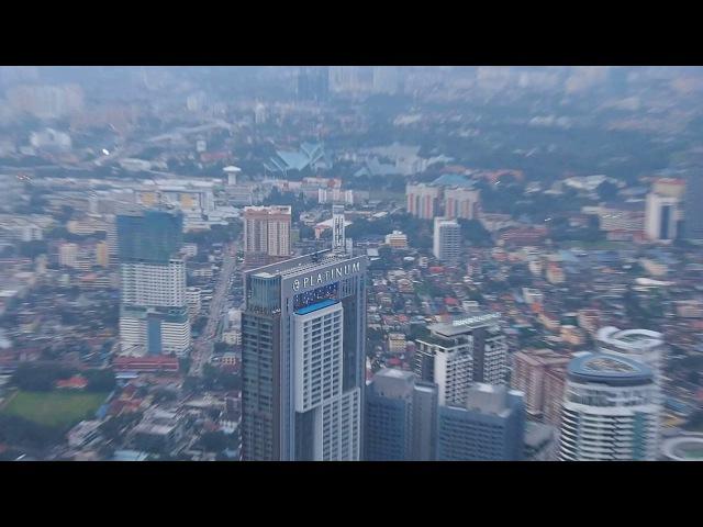 Kuala Lumpur Вид на город с обзорной площадки на башне Менара