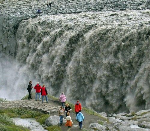 Деттифосс (Dettifoss) — самый мощный водопад в Европе, изображение №11