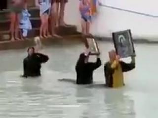 Российская сборная по синхронному плаванью.