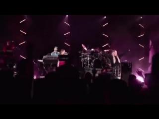 Linkin park (kiiara julia and chester) heavy