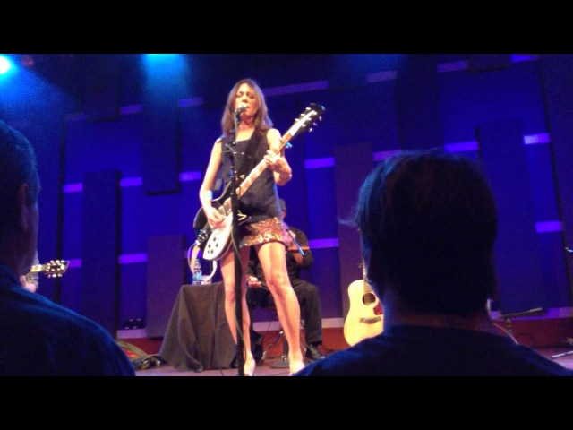 Susanna Hoffs If She Knew What She Wants Philadelphia 2012