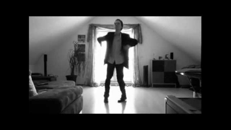 Офигеть как танцует аж позавидовал