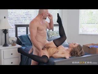 Lena paul (express pussy packaging)