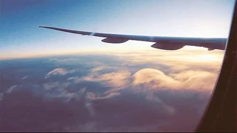 картинка самолет в небе анимация