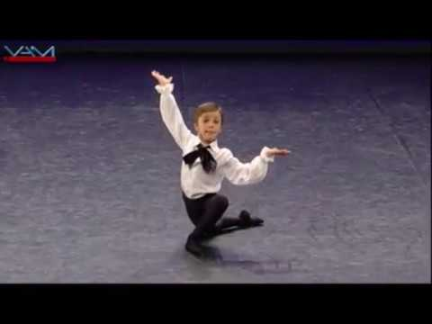 Rui Baptista, 9 anos- Harlequinade Male Variation