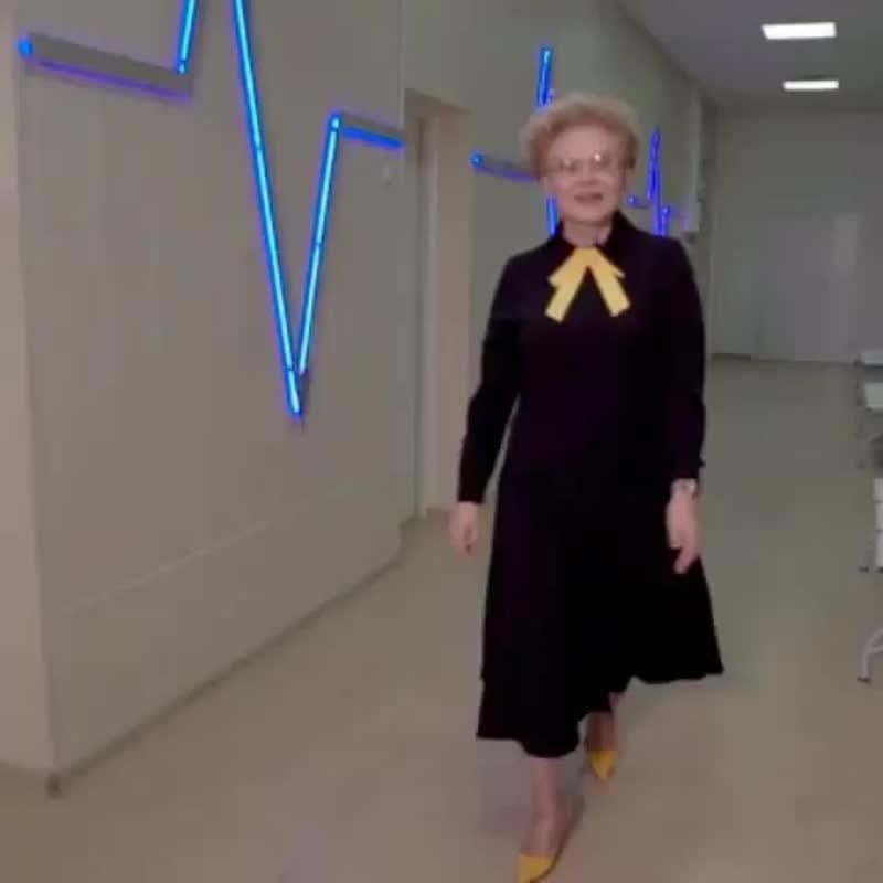 Елена Малышева рассказала поклонникам о планах похудеть за майские праздники.