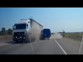 ДТП под Керчью трасса Таврида на участке Симферополь-Керчь возле п. Марфовка 2