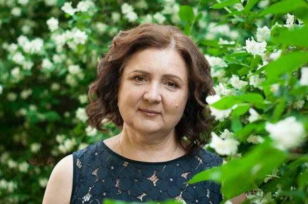 Людмила сенчина в молодости фото насколько умными