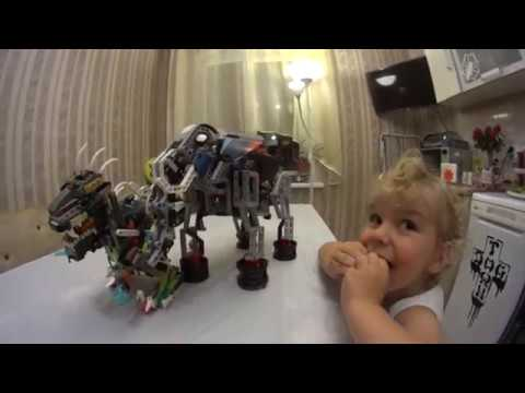 Lego Robot Wars. Robosaur vs Elephant Mindstorms EV3.