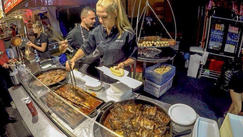Best of Poland Street Food. Swieżonka, Bigos and More Meat on Grill