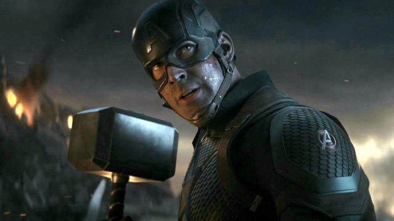 Капитан Америка поднимает Мьёльнир Мстители Финал 2019 Full HD 1080p