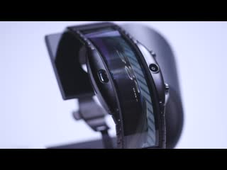 Nubia alpha hands-on: bendable phone on your wrist nubia alpha hands-on: bendable phone on your wrist