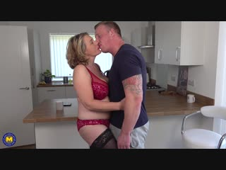 Camilla c eu 45 - naughty british housewife has hot date after doing some sexy shopping