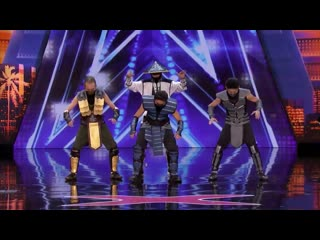 Танец в костюмах героев Mortal Kombat на шоу талантов!